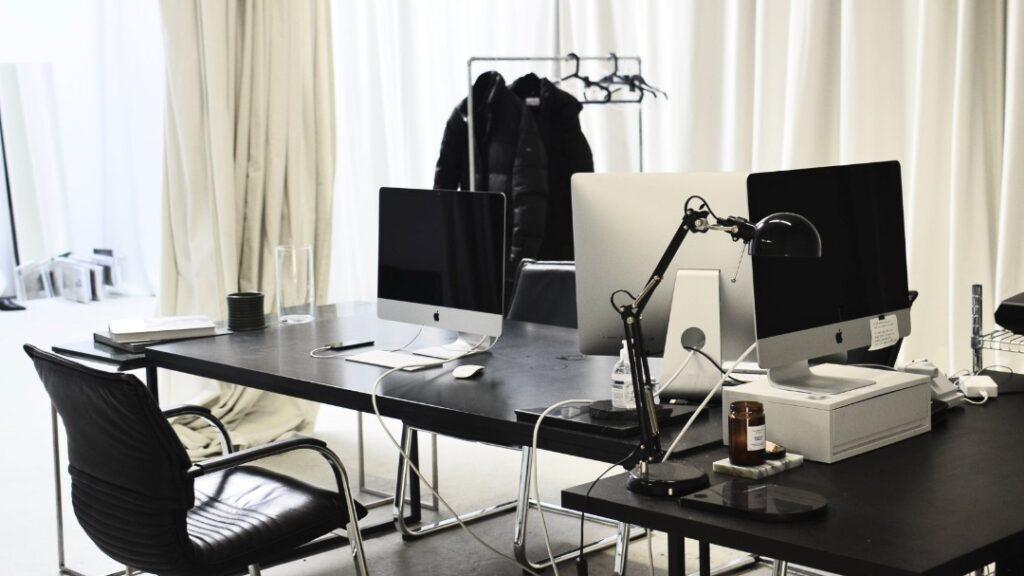 Które krzesła ustawić w biurze?